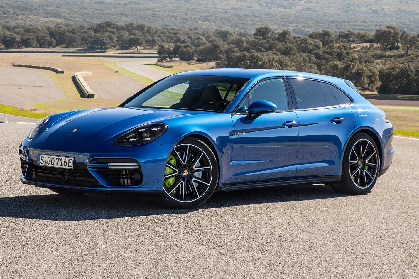 2018-Porsche-Panamera-Turbo-S-E-Hybrid-Sport-Turismo-front-side-02-e1512580703256